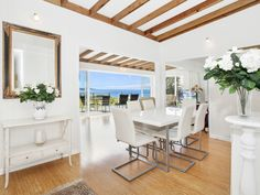 Seascape @ Coalcliff - A perfect retreat for a large family or an extended family break.