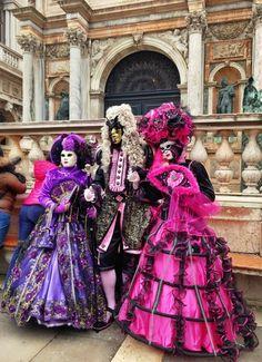 https://twitter.com/Venice_Carnival