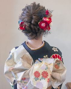 Kimono Japan, Japanese Kimono, Traditional Hairstyle, Japanese Wedding, Hair Arrange, Japanese Hairstyle, Bridal Mehndi Designs, Christmas Hairstyles, Yukata