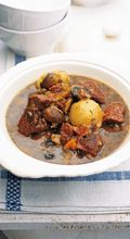 Beef cheeks with mushrooms onions and thyme