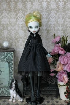 Retro style dress with collar for  Monster High/EAH, Neo Blythe withAzone pure neemo L/M/S/XS, Obitsu 24/25 body 1/6 size