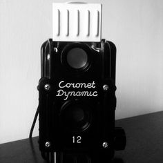 Coronet Dynamic 12 Takes 120 Film 120 Film, Walkie Talkie, Cameras, Sculpture, Photography, Fotografie, Carving, Camera, Fotografia