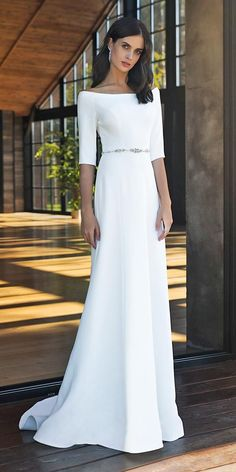 dresses with sleeves modest 21 Modest Wedding Dresses With Sleeves Boat Neck Wedding Dress, Satin Mermaid Wedding Dress, Modest Wedding Dresses With Sleeves, Civil Wedding Dresses, Dream Wedding Dresses, Bridal Dresses, Gown Wedding, Lace Wedding, Wedding Cakes