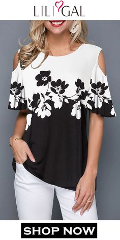 Best 12 Spring Summer Black & White Flower Print Cold Shoulder Half Sleeve T Shirt, shop the cute top at Liligal now! Blouse Styles, Blouse Designs, Trendy Tops For Women, Ladies Dress Design, Cute Tops, Half Sleeves, Emporio Armani, Lacoste, Ideias Fashion