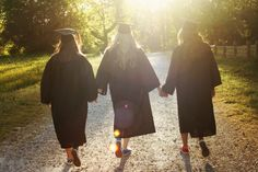 graduation picture idea, best friend photo shoot, college, photography, cap and gown photography, senior pictures