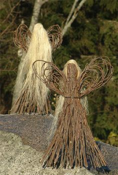 Billedresultat for risutyö Twig Crafts, Nature Crafts, Diy And Crafts, Arts And Crafts, Christmas Art, Christmas Ornaments, Willow Garden, Willow Weaving, Outdoor Crafts