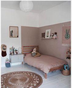 Kids room ideas – Home Decor Designs Girls Bedroom, Bedroom Decor, Wall Decor Kids Room, Ikea Girls Room, Kids Room Paint, Kids Decor, Boy Room, Kids Room Design, Big Girl Rooms