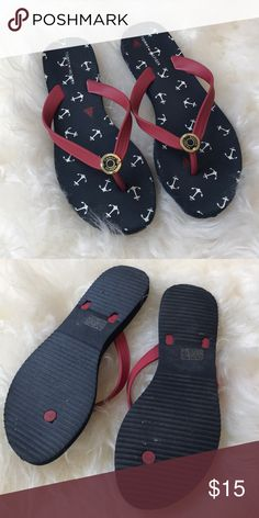 1a2ac6bce9eb Tommy Hilfiger ladies flip flops Size 10 nautical Tommy Hilfiger ladies flip  flops Size 10 nautical anchors