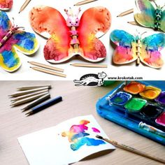 Motýľ vyrobený z papiera.