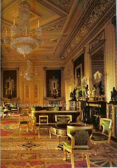 Windsor Castle - Green Drawing Room This England: Spirit of England - Royal Palaces of England Castle Rooms, Palace Interior, England, Famous Castles, Royal Residence, Windsor Castle, House Of Windsor, Le Palais, Royal Palace