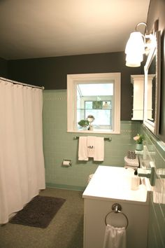 great idea - a little gray paint and suddenly the seafoam green
