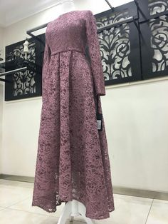 Dress Brukat, Hijab Dress Party, Chic Dress, Boho Dress, Dress Outfits, Muslim Fashion, Hijab Fashion, Fashion Dresses, Kebaya Modern Dress