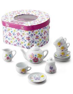 Charming Tea Set http://rstyle.me/n/s74mwbh9c7