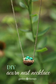 This sweet little acorn nest pendant necklace is super simple to make! #bhomefall2015