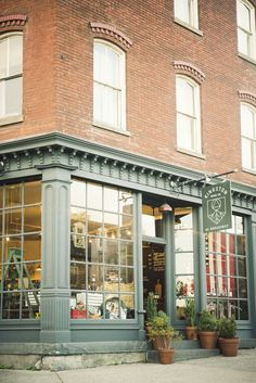 Exterior Color - Creamer Trim work (not as white) and Blue/Green Doors - French Exterior and Front Door Boutique San Francisco, Porches, Shop Front Design, Store Design, Kingston, Dressing Design, French Exterior, Cafe Exterior, Brick Store