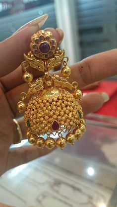 Perfect jhumkas for a south Indian Bride