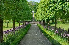 13 Stunning Garden Allées
