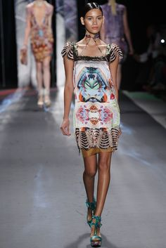 Absolutely want this dress.......!