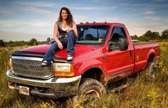 Truck senior picture ideas for girls. Senior pictures with trucks. Just not that truck! Truck Senior Pictures, Country Senior Pictures, Photography Senior Pictures, Senior Photos, Senior Portraits, Photography Ideas, Senior Posing, Senior Session, Grad Pics
