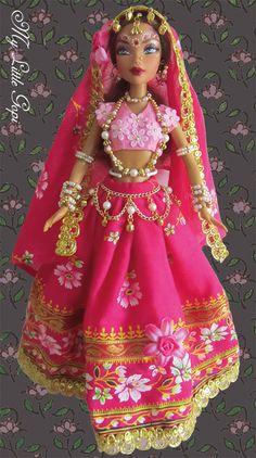 My Little Gopi by Lokamata - Gopali  by Lokamata - info: mylittlegopi@gmail.com - #OOAK #Barbie #ArtDoll #IndiaDoll #Gopi #Gopali #Lokamata #KrishnaStories # RadhaKrishna