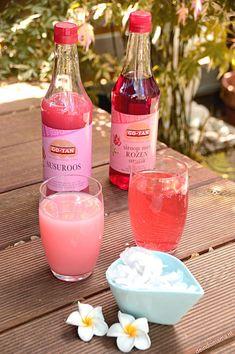 ROZENSTROOP/SIROOP en STROOP SUSU, heerlijke exotische drankjes met cocos. Verkoelend tijdens deze warme dagen. Makkelijk te maken!