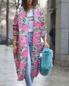 How to Style a Kimono Cardigan Next Spring 2019 Look Fashion, Autumn Fashion, Fashion Outfits, Fashion Trends, Womens Fashion, Feminine Fashion, Kimono Fashion, Boho Outfits, Denim Fashion