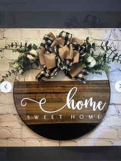Diy Arts And Crafts, Creative Crafts, Diy Craft Projects, Diy Crafts To Sell, Wood Crafts, Front Door Signs, Front Door Decor, Farmhouse Style Decorating, Porch Decorating