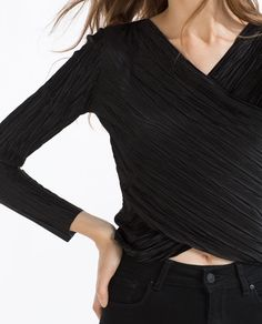 Image 4 of CROSSOVER TOP from Zara