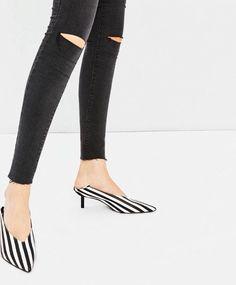 670cf0b4f7a Details about Zara Black   White Stiletto Heel Mules BNWT Shoe Size 39EU  6UK RRP£59.99 Blogger