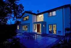 The house in surrey was extensively renovated to provide a modern family home. Modern Family, Home And Family, Green Belt, Surrey, Layout, Mansions, House Styles, Home Decor, Decoration Home