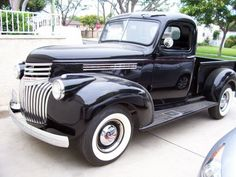 Nice old truck, I am in love with this one, A