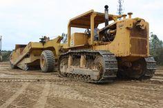 Caterpillar D-9G tractor and Curtiss-Wright scraper