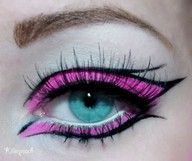 creative pink eye makeup