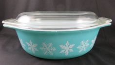 Pyrex Turquoise Snowflake 043 Casserole w/ Lid   1 by CheekyBirdy