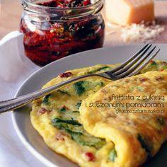 zucchini frittata by Pokakulka on DeviantArt Vegetable Recipes, Vegetarian Recipes, Cooking Recipes, Healthy Recipes, Breakfast Menu, Breakfast Recipes, Good Food, Yummy Food, Food Videos