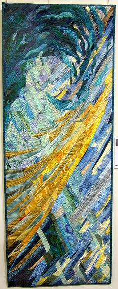 """""""L'emoi"""" by Tatiana Varshavskaya. Carrefour du Patchwork - work by masterclass-students of 2010.  Posted at Quilthexle's World"""