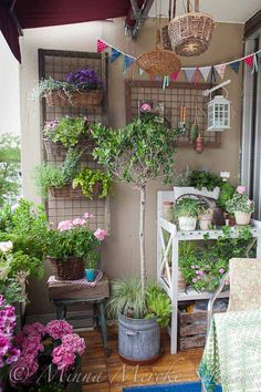 Countrt Style Balcony Garden Idea, http://hative.com/balcony-garden-design-ideas/