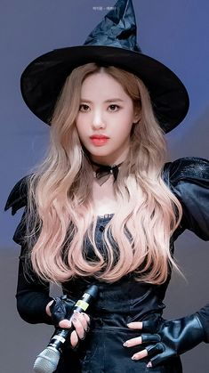 Hubble bubble - Jiwon Which witch is which? Korean Girl Groups, South Korean Girls, Fandom, Music Pictures, Korean Celebrities, Cute Halloween, Our Girl, K Idols, Kpop Girls