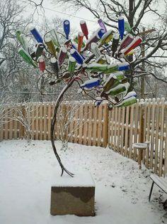Google Image Result for http://www.missmetaldesign.com/images/art/snowy_bottle_tree.jpg