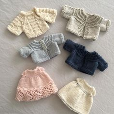 Pretty safe to say I have a slight addiction to knitting teeny tiny clothing..... patterns by Julie @littlecottonrabbits #littlecottonrabbits #teenytiny #dollclothes