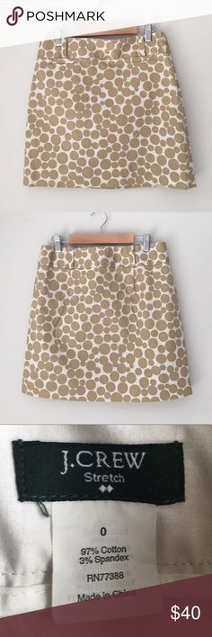 J. Crew Tan Circle Skirt Size 0 Beautiful tan circle cotton skirt by J. Crew. 97% cotton 3% spandex. Size 0. Excellent preowned condition. J. Crew Skirts