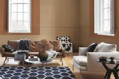 Introducing Spiced Honey, Dulux's Colour of the Year for A shade full of warmth, energy, positivity and peace. Discover how the colour is chosen, more about the four colour palettes and how to use Spiced Honey in your home. Creme Brulee, Deco Design, Design Trends, Colour Trends, Color Caramelo, Interior Decorating, Interior Design, Decorating Ideas, Honey Colour