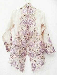 Old kebaya peranakan More Kebaya Lace, Kebaya Hijab, Disney Wedding Dresses, Pakistani Wedding Dresses, Wedding Hijab, Batik Dress, Kimono, Pashmina Hijab Tutorial, Indonesian Kebaya