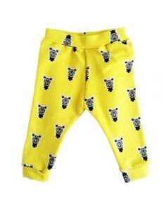 Broekje Zebra - geel #babybroekjes #baby #kids #handmade #design #kidsclothes #kinderkleren #newborn #DIY #babyboy #babygirl