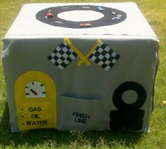 Race Day Card Table Tent
