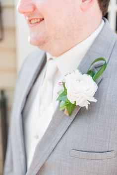 Real Wedding Series | Brittany and Ben | A Southern Plantation Wedding | Becky's Brides | Birmingham Wedding Planner | Hothouse Design Studio | Boutonniere | Eric and Jamie Photography