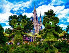 Disney Parks as Art - Mickey and Minnie Edition Disney World Magic Kingdom, Disney World Vacation, Walt Disney World, Disney Love, Disney Art, Mickey Mouse House, Wine And Food Festival, Cinderella Castle, Cool Names