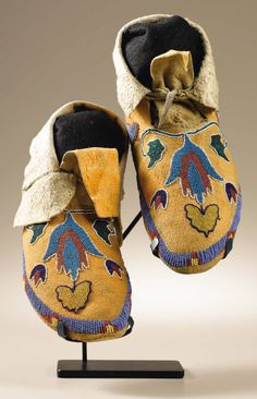 Northern Plains Moccasins / Possibly Fort Peck Assiniboin. | Lot #48120 | Heritage Auctions
