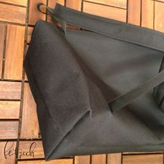 Instructions: Sew a backpack from Oxford fabric yourself fetzich - Prom Makeup Looks, Oxford Fabric, Patchwork Bags, Storage Spaces, Messenger Bag, Sewing Patterns, Satchel, Backpacks, Womens Fashion