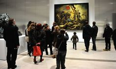 Un hombre solitario vaga por los pasillos del Louvre, su nombre es Eugène Delacroix, quien dibuja con fuerza y pasión el alma de la Revolución Francesa